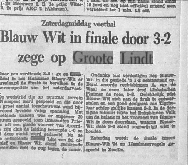 Leeuwarder Courant: Blauw Wit in finale door 3-2 zege op Groote Lindt (8 juli 1957)